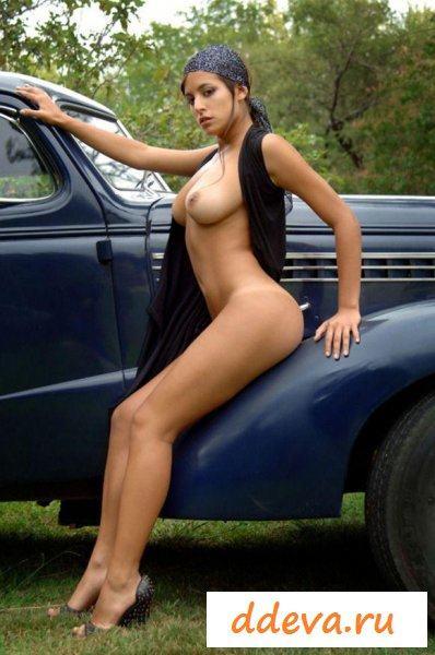 Цыганка украла дорогой автомобиль