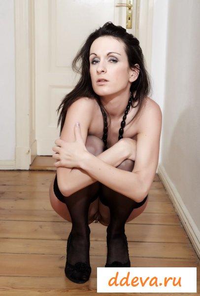 Очень уставшая проститутка