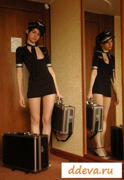 Стюардесса вернулась с рейса